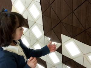 pared-madera-origami-1