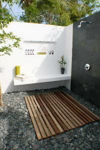 Outdoor-Shower-9