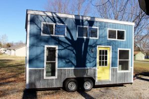 Chic-Shack-Yellow-THOW-by-Mini-Mansions-Tiny-Home-Builders-001-600x400