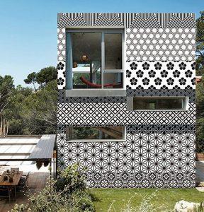 Outdoor-wallpaper-1-WallDeco-759x790